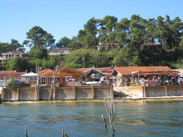 Le village de l 39 herbe est certainement le village de p cheurs le plus pittoresque du bassin d - Restaurant au cap ferret ...